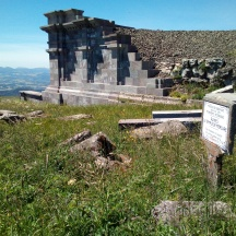 Le Puy de Dôme Le Temple de Mercure Auvergne