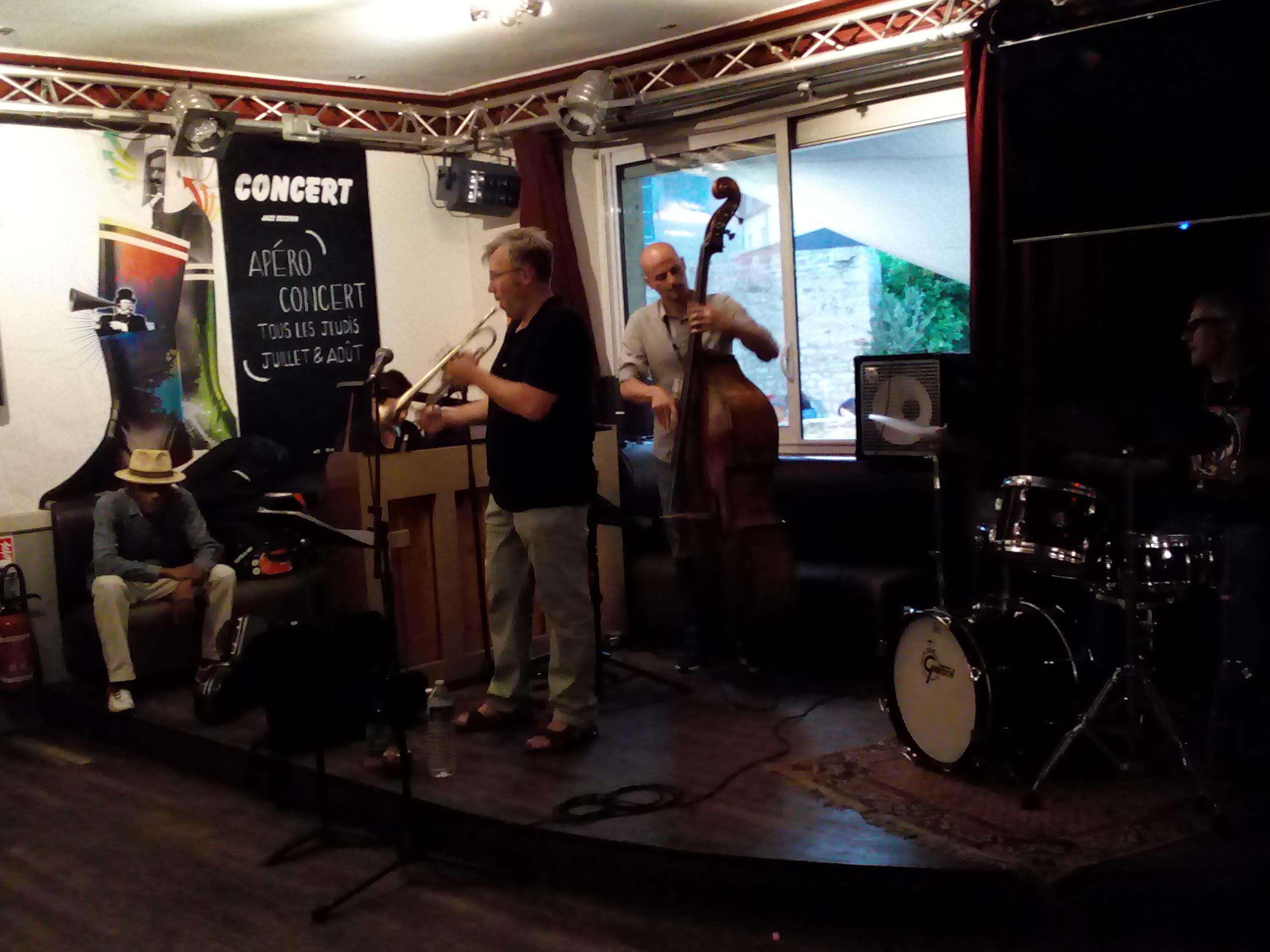 Jazz en ville à Vannes Les Valseuses