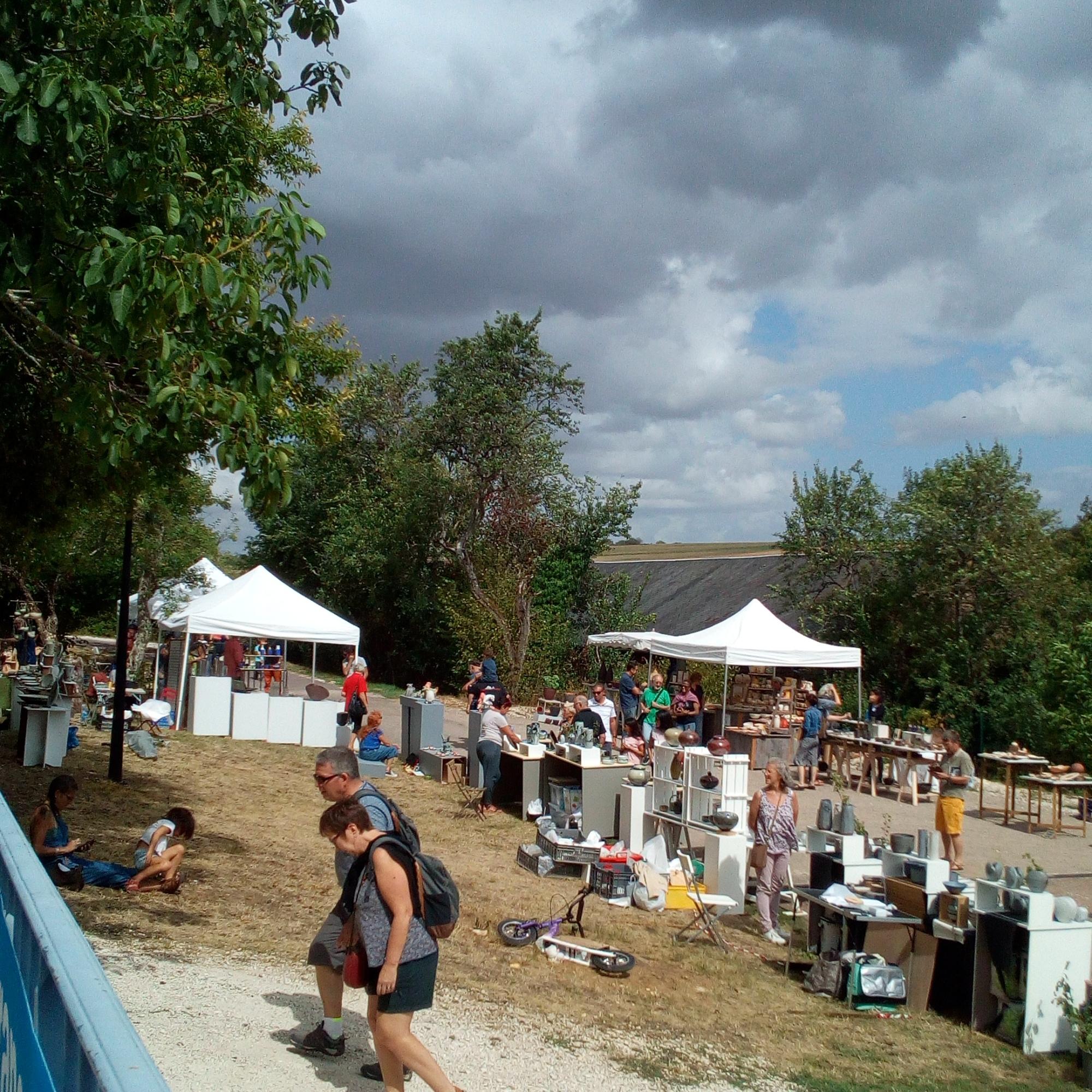 Marché des potiers à Treigny
