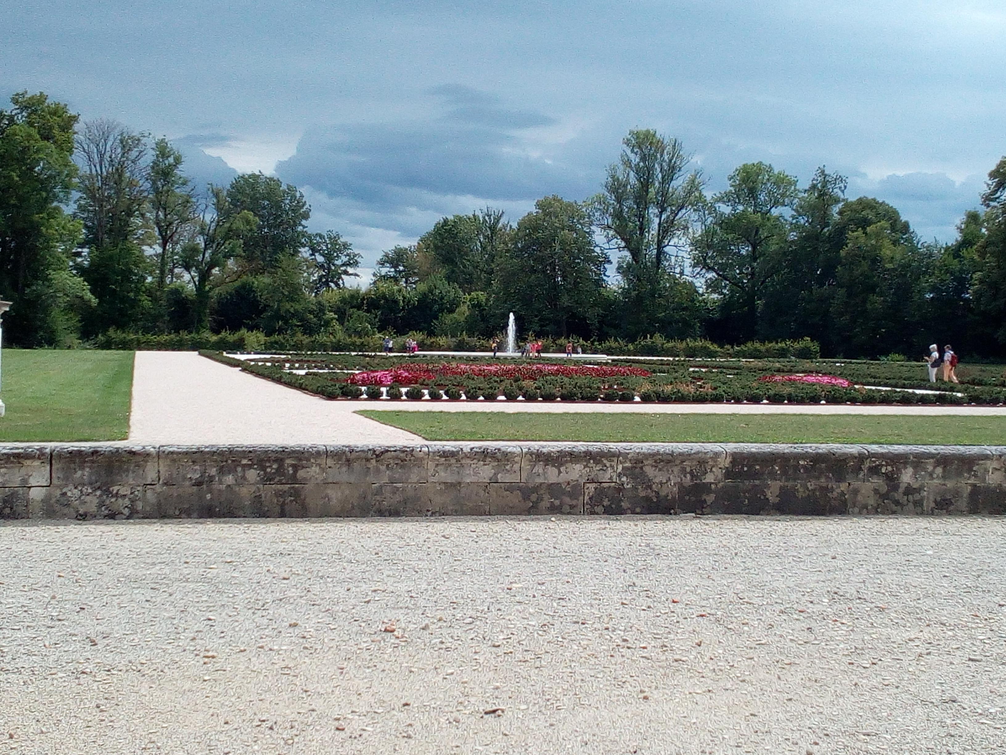 Château d'Ancy-le-Franc vue sur le jardin