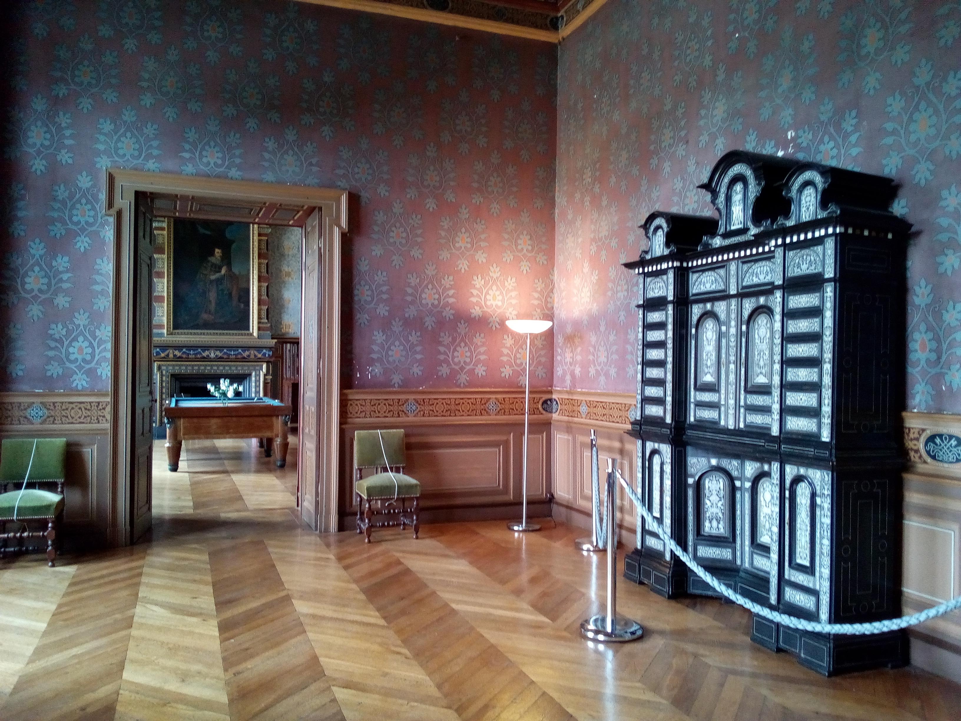 Château d'Ancy-le-Franc Cabinet florentin du Salon Mauve