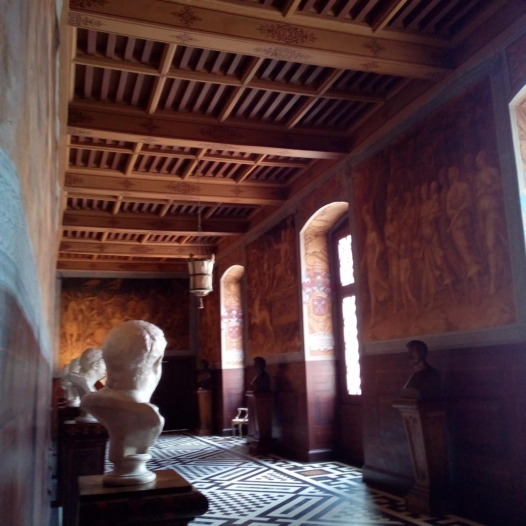 Château d'Ancy-le-Franc la galerie de Pharsale