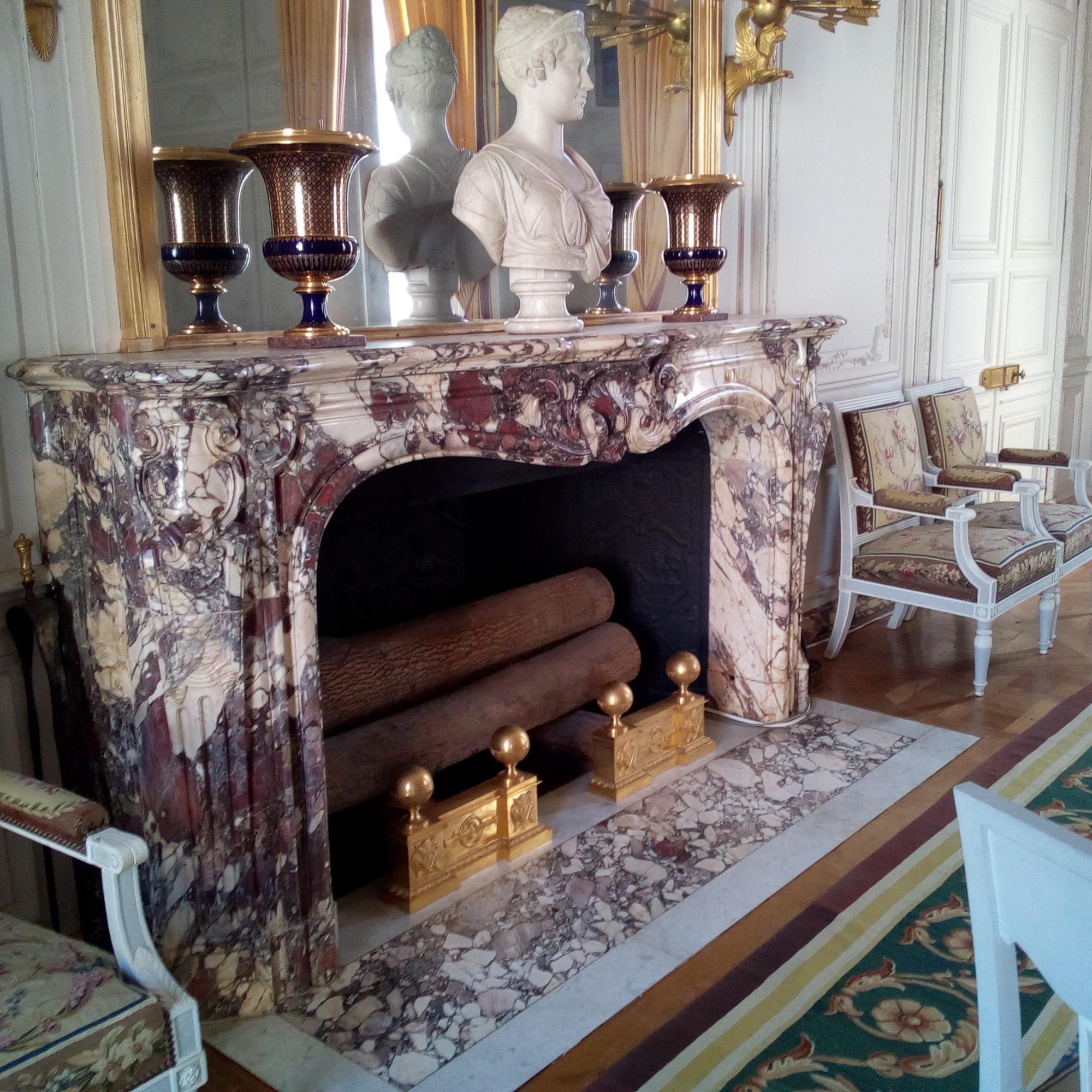 Le Grand Trianon, Salon de famille de l'Empereur, buste de l'impératrice Marie-Louise
