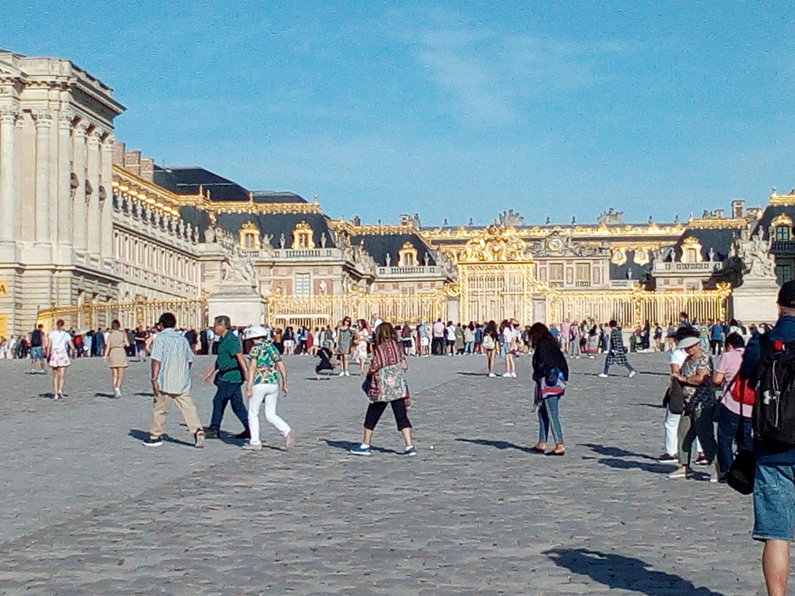 Accès château de Versailles par la Cour d'honneur 5