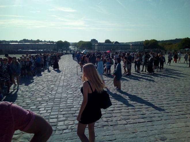 Accès château de Versailles par la Cour d'honneur 3