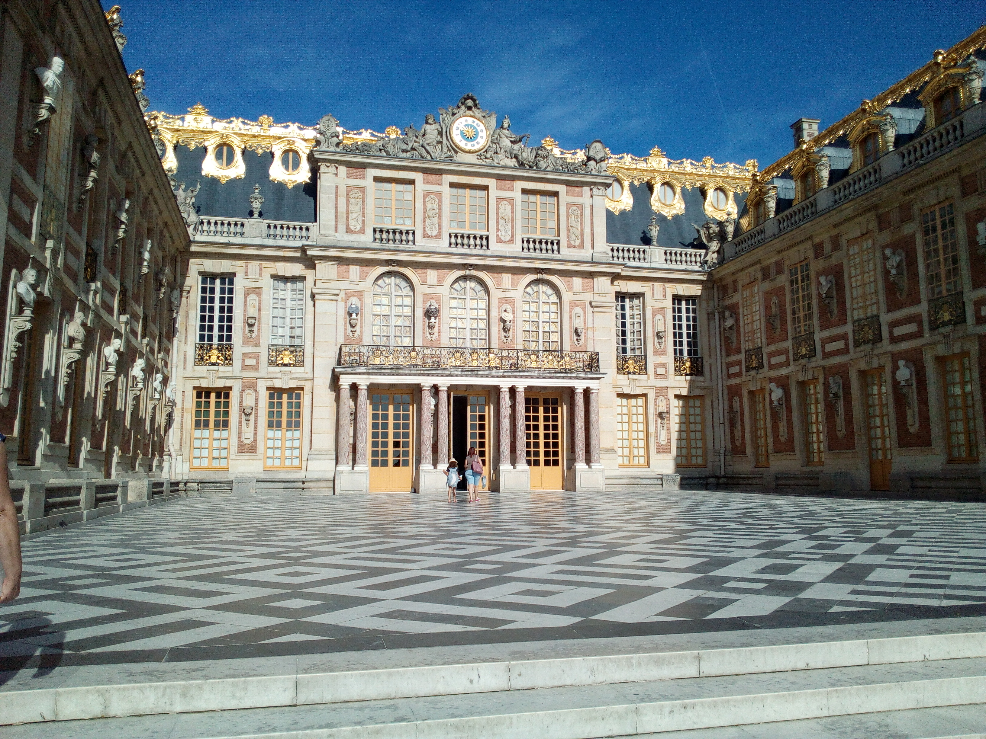 La Cour de Marbre du château de Versailles