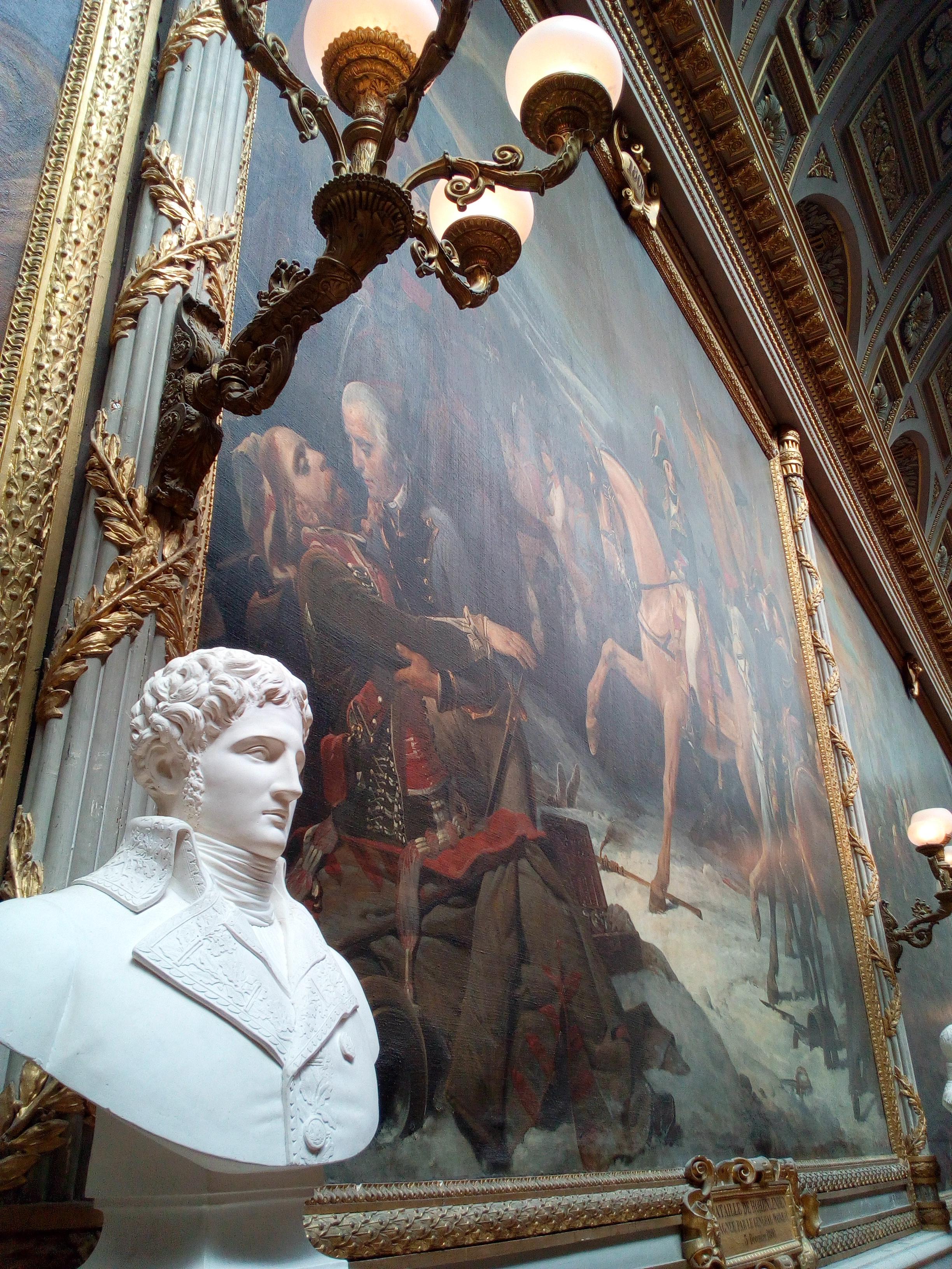 La Galerie des Batailles du château de Versailles, Bataille de Hohenlinden et buste d'André-Bruno Frévol