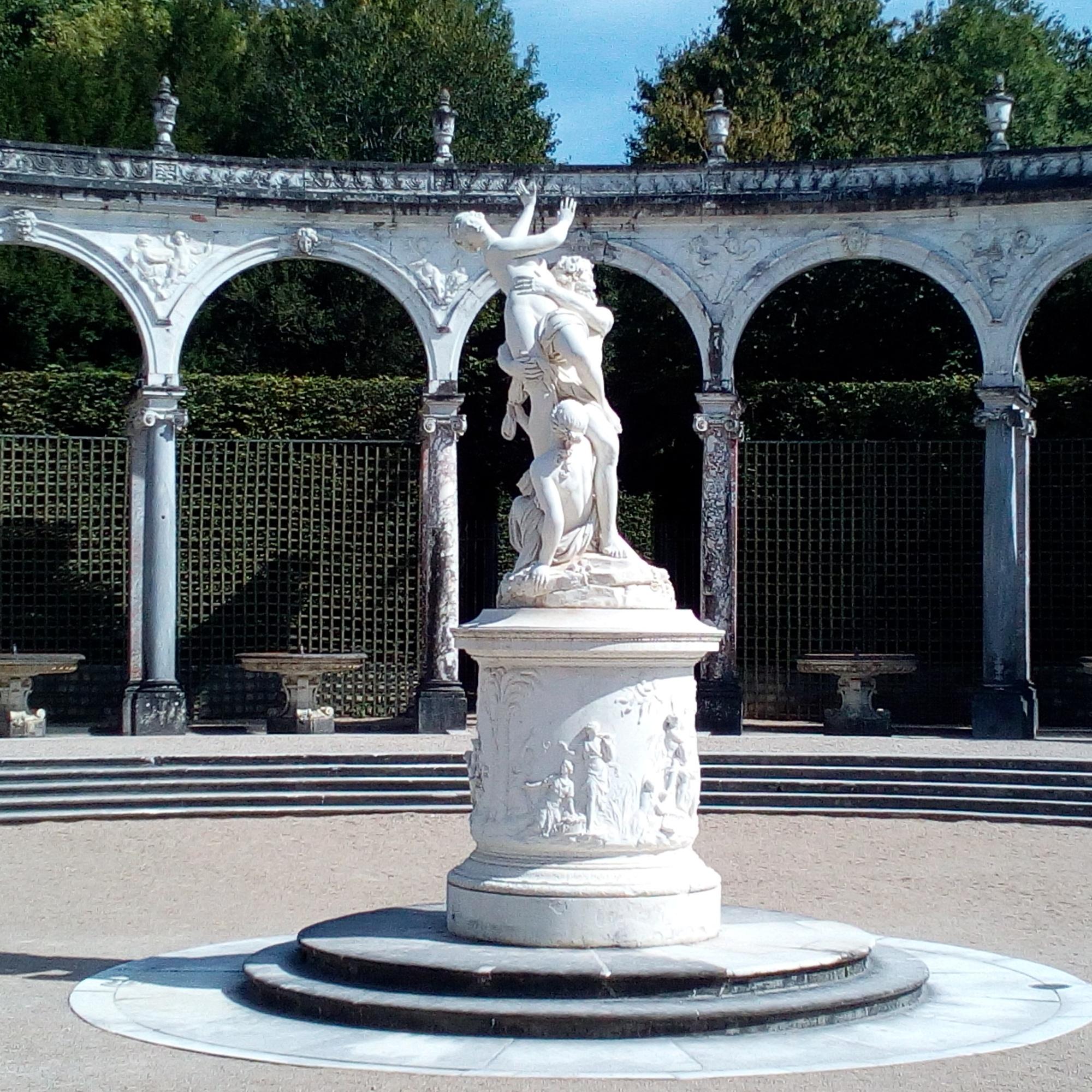 Château de Versailles, Jardins, Bosquet de la Colonnade