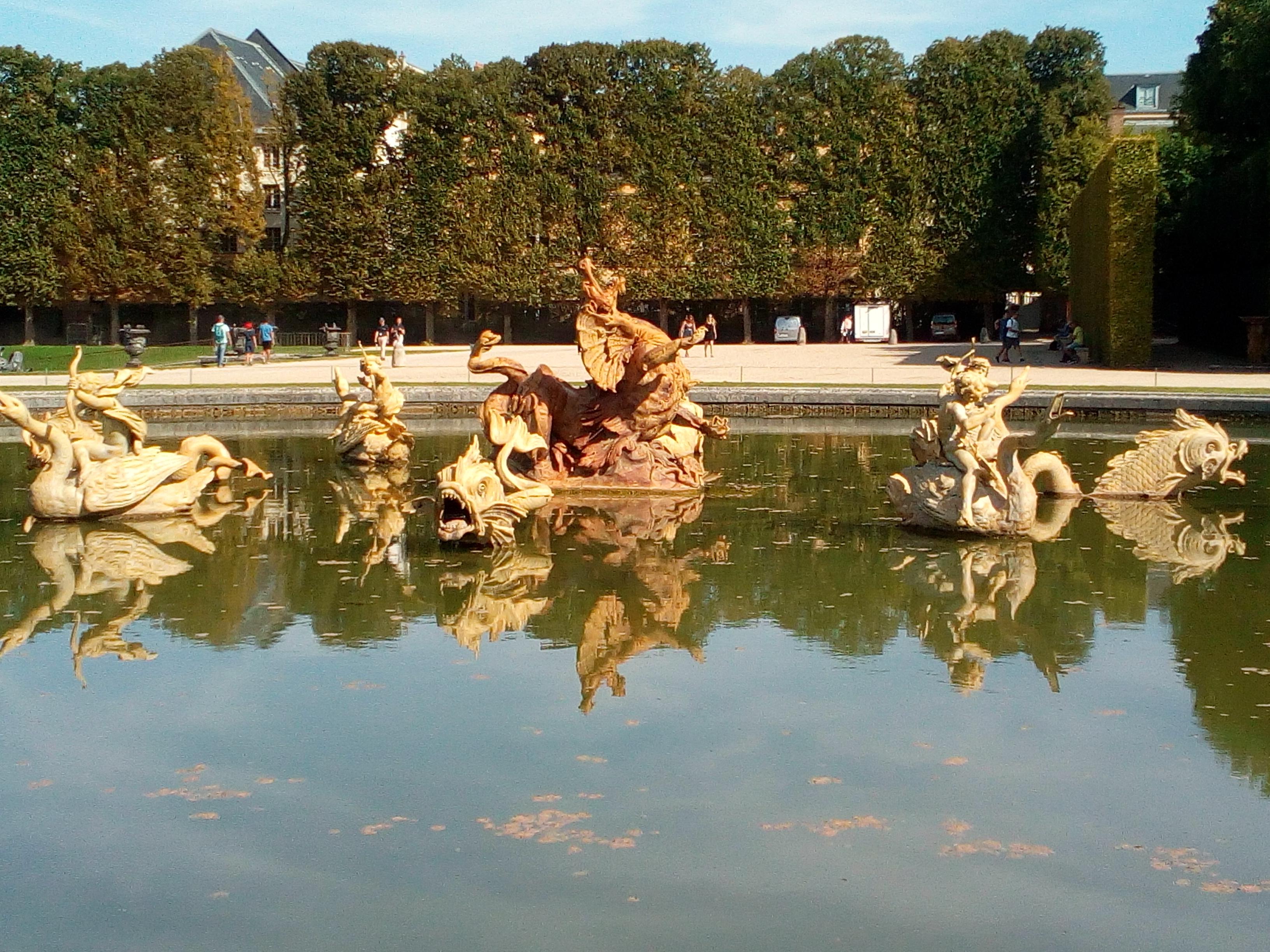 Château de Versailles, Jardins, Bassin du Dragon