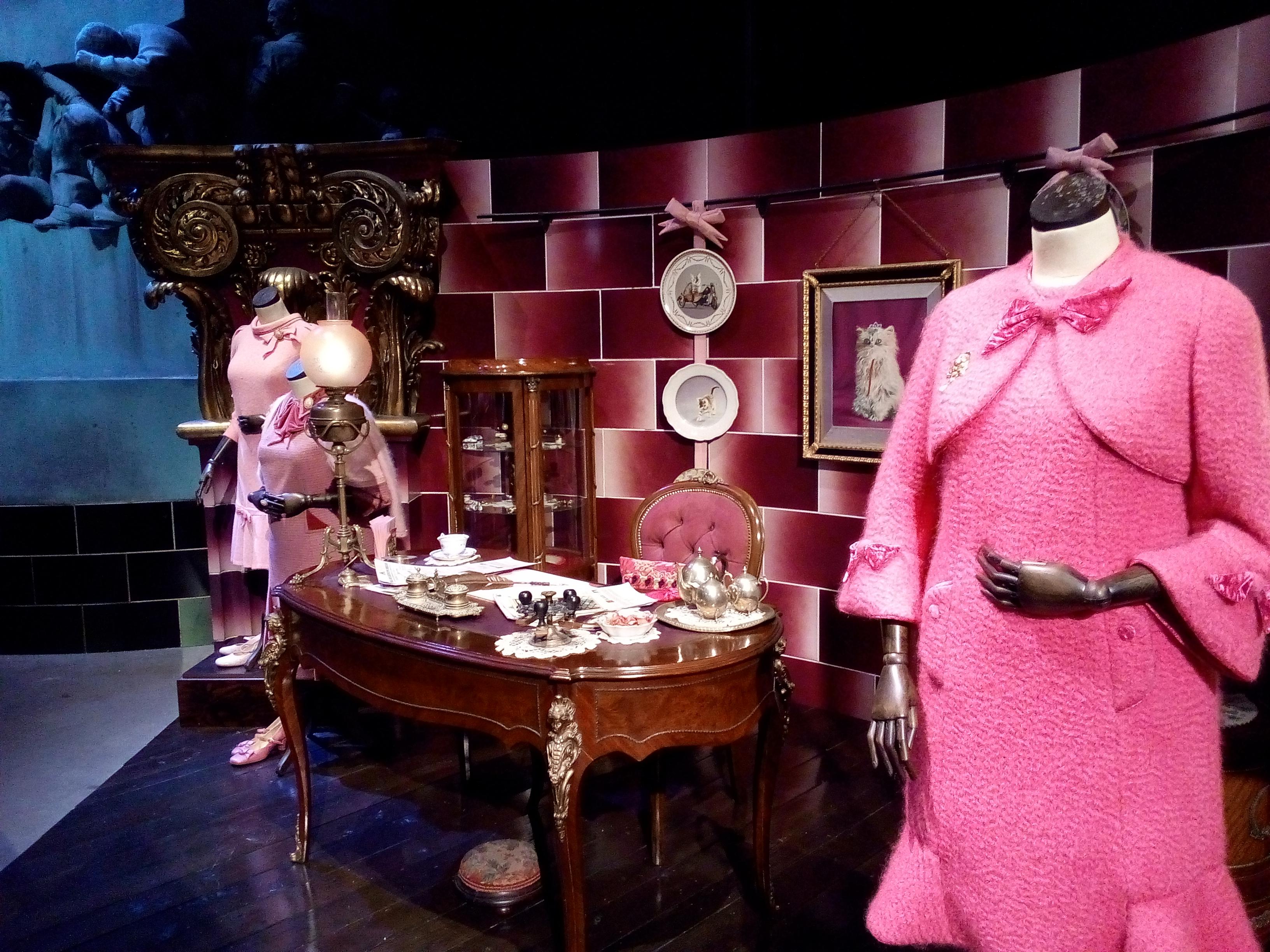 Le bureau de Dolorès Ombrage - The Making of Harry Potter - Studio Tour London