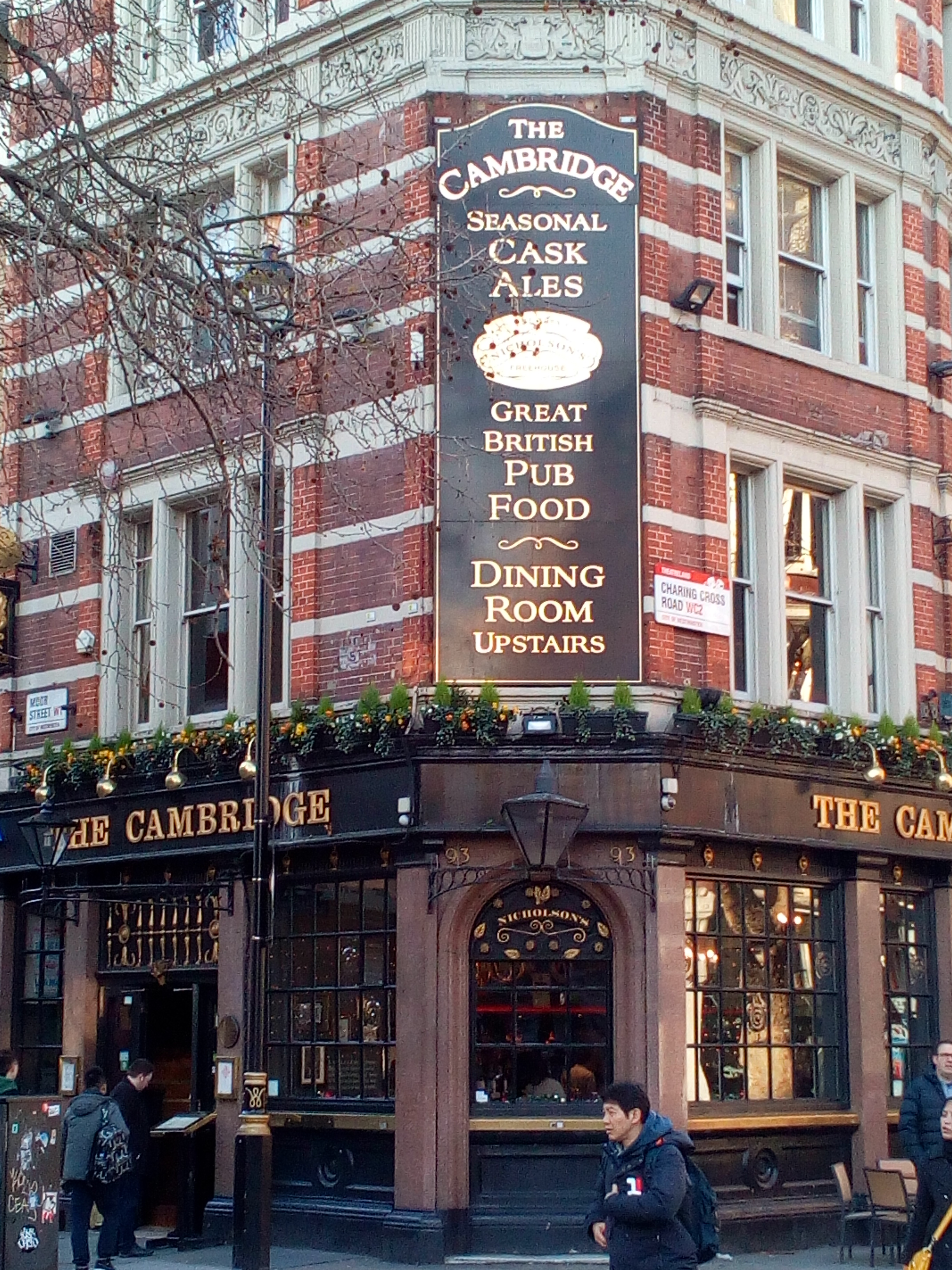 Pub The Cambridge, London