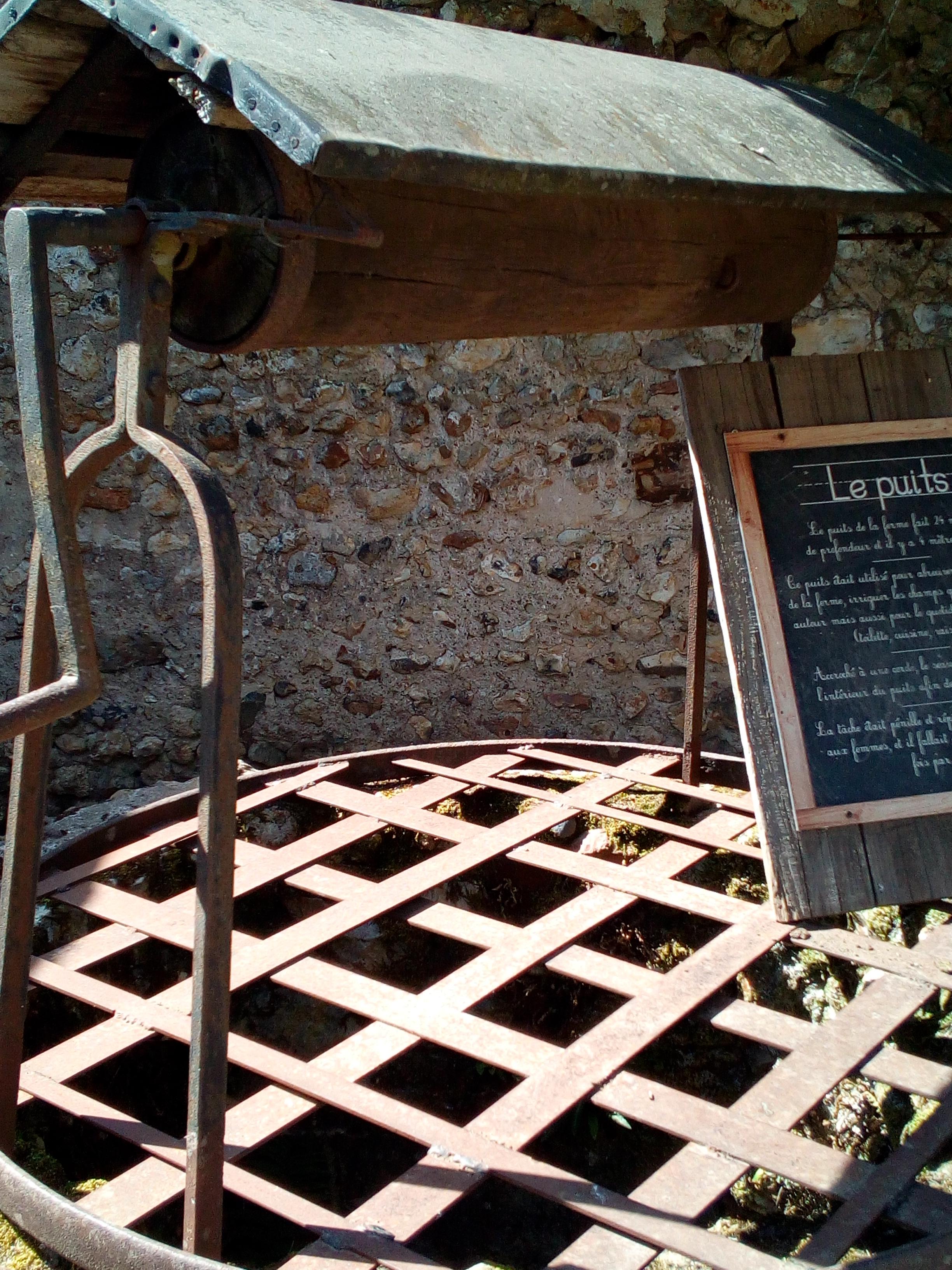 La ferme du château de Saint-Fargeau, en Bourgogne