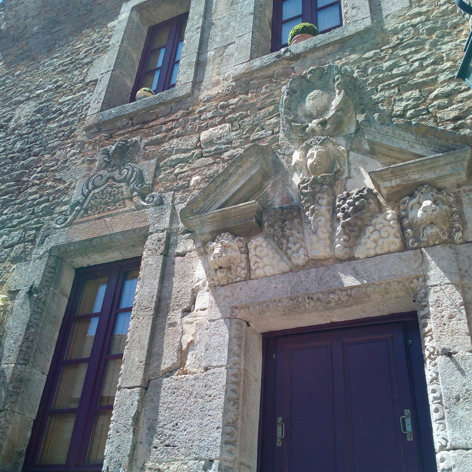 Maison au Mouton de Châteauneuf-en-Auxois