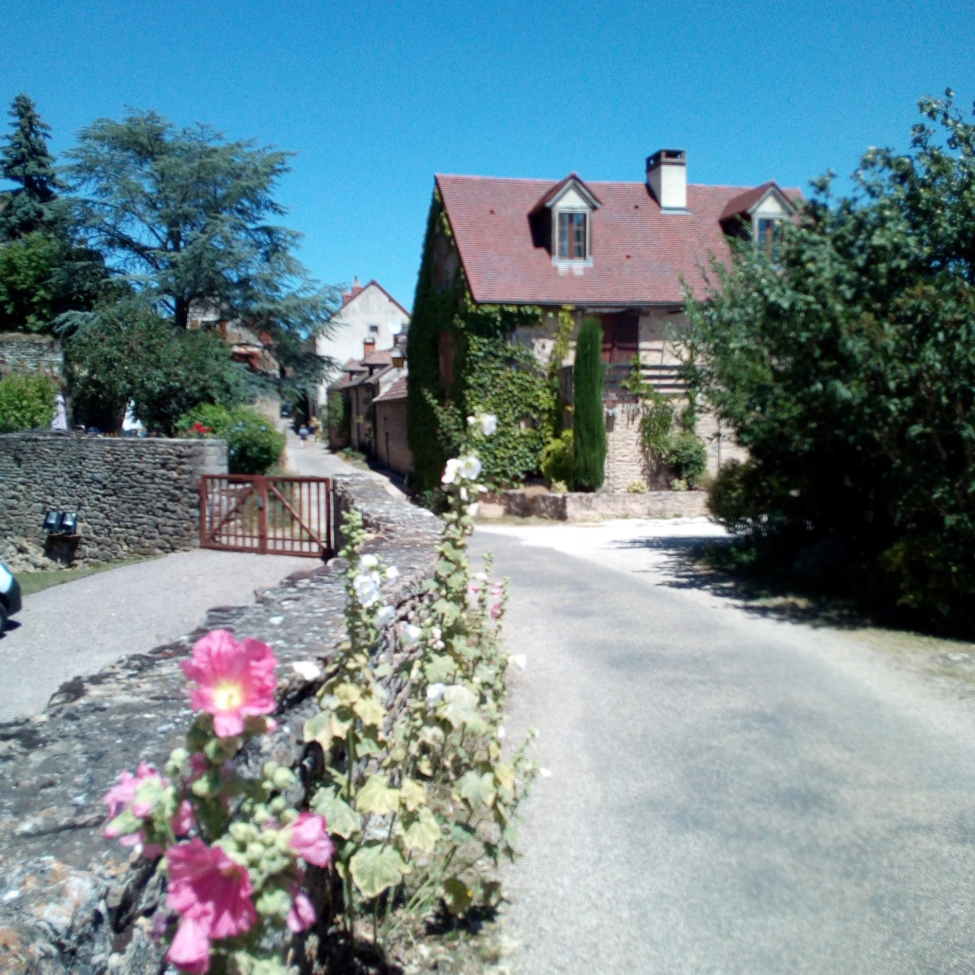 Châteauneuf-en-Auxois