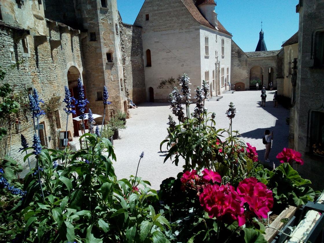 Maison de Châteauneuf-en-Auxois