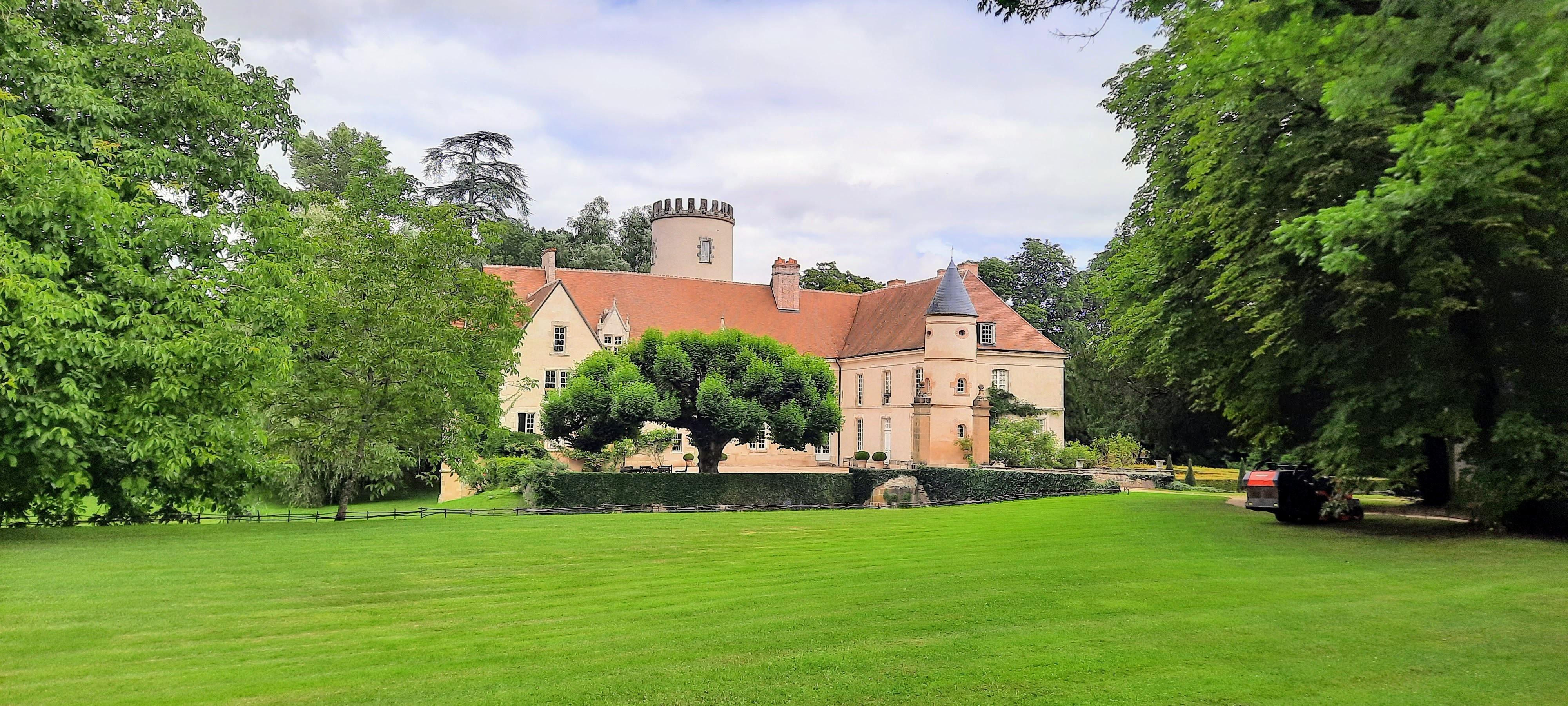 Château de Pesselières à Jalognes