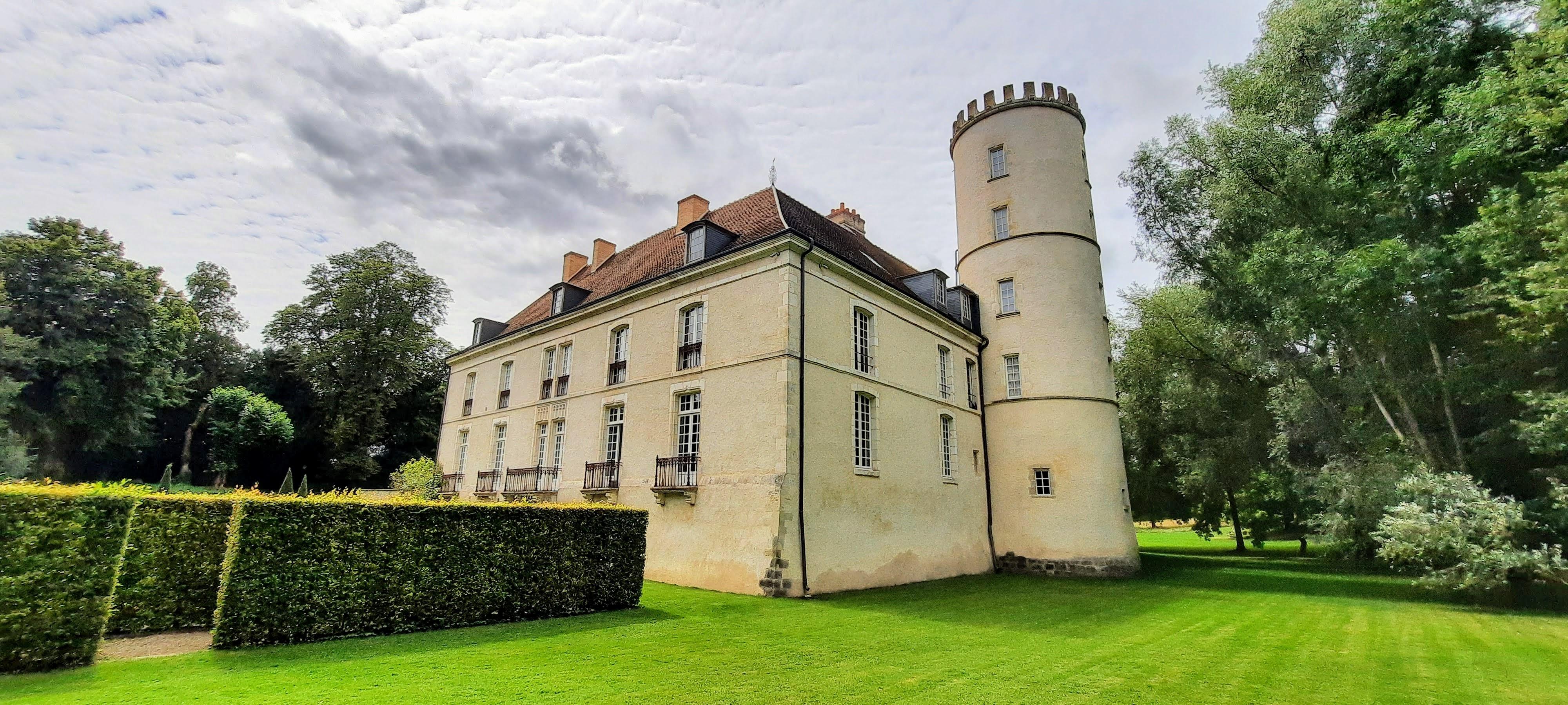 Château de Pesselières, Jalognes